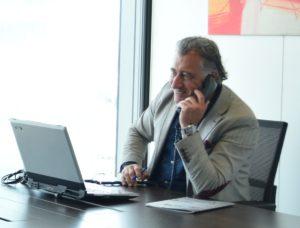 Carmelo en la nueva oficina de Producha - Madrid